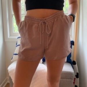 Cream colored Harlowe and Graham loose shorts
